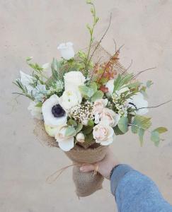 petalon-flowers-you-need-a-pa2